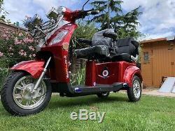 £4K worth -2 seater Road legal electric bike mobility scooter Lambretta Vespa