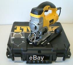 DeWALT DW331K Heavy Duty Top Handle Jigsaw 240v