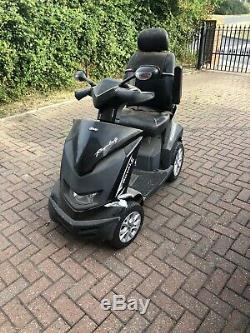 Drive Royale 4 Mobility Scooter in Luxury black. 8mph Class 3