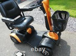 EXCEL ROADSTER DX8 DELUXE MOBILITY SCOOTER 8mph, +FITTED COVER COLLECT KENT ME19