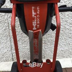 Hilti TE 3000-AVR Heavy Duty Road Breaker 110V. And 2 New Chisels