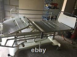 Linet Eleganza 3000 Electric Hospital Bed. (superb Condition)
