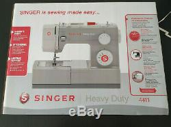 NEW SINGER 4411 Heavy Duty Sewing Machine 11 Built In Stitches and Accessories