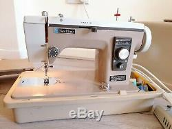 New Home Janome 535 Heavy Duty Electric Sewing Machine Upholstery Leather + Foot