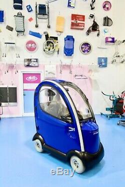 Shoprider Traveso 8mph Enclosed Heavy Duty / Bariatric Mobility Scooter & Cabin