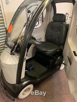 Shoprider Traveso Mobility Scooter/. Cabin Car Mobility Scooter. Enclosed Scooter