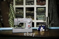 Singer 4423 Heavy Duty Sewing Machine with 2 Year Warranty