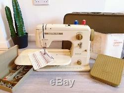 Superb Bernina Minimatic 707 Heavy Duty Electric Sewing Machine + Foot Pedal